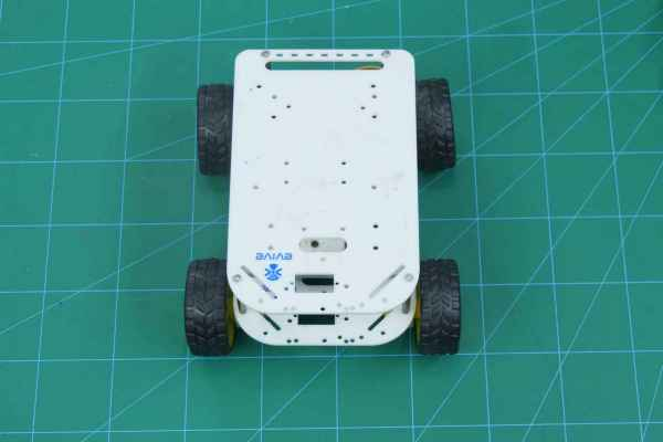 Smartphone-Controlled-Robot