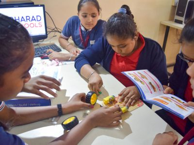 Atal Tinkering Lab Workshop on Robot Making Bharad by STEMpedia-11