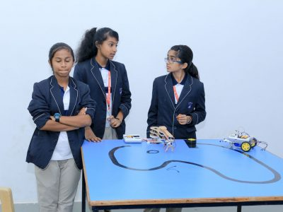 Robotics Competition by STEMpedia and STEMians-22