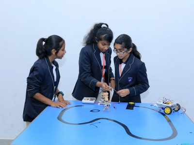 Robotics Competition by STEMpedia and STEMians-24