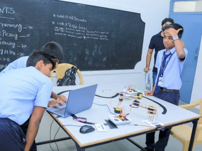 Robotics Competition by STEMpedia and STEMians-29